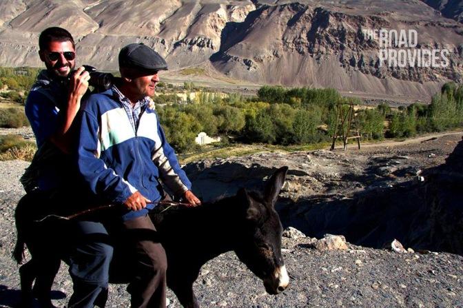 Paseo en burra por Tajikistán